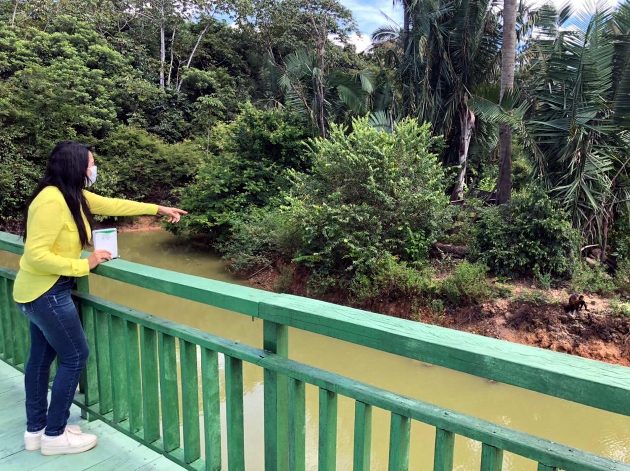 Teresa Britto visita o Zoobotânico e cobra reabertura do parque